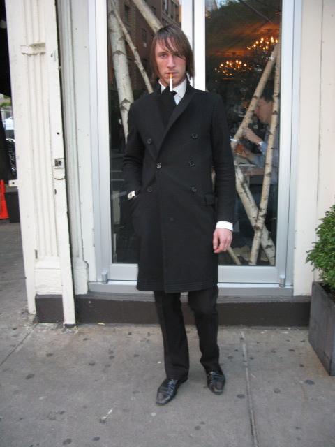 Street look mens blk suit 11-09